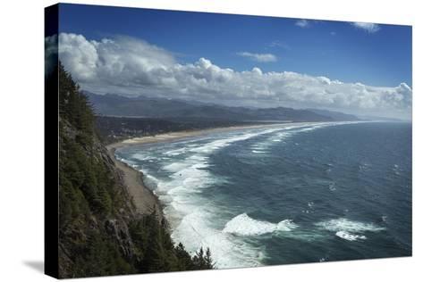 Nehalem Bay Seen from Neahkahnie Mountain, Oregon-Macduff Everton-Stretched Canvas Print
