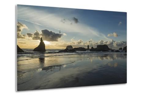 Seascape with Pinnacles at Bandon Beach in Bandon, Oregon-Macduff Everton-Metal Print