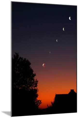 Multiple Exposures of a Total Lunar Eclipse-Stephen O'Meara-Mounted Photographic Print