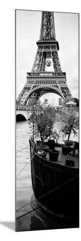 Paris sur Seine Collection - Destination Eiffel Tower III-Philippe Hugonnard-Mounted Photographic Print