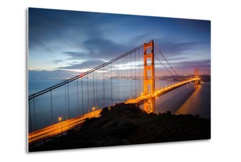 Classic Good Morning View Golden Gate Bridge San Francisco-Vincent James-Metal Print