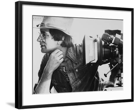 Steven Spielberg, Close Encounters of the Third Kind, 1977--Framed Art Print
