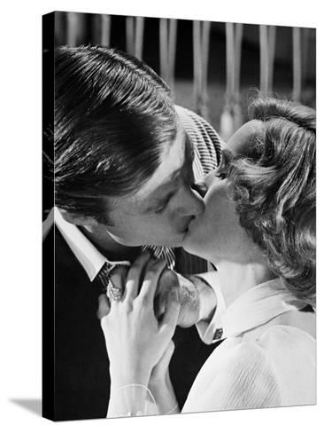 Mia Farrow, Robert Redford, the Great Gatsby, 1974--Stretched Canvas Print