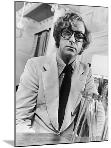 Michael Caine, Pulp, 1972--Mounted Photographic Print
