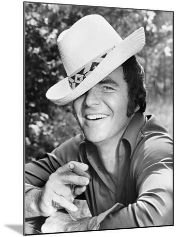 Burt Reynolds, 1973--Mounted Photographic Print