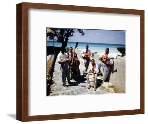 December 1946: Band at the Kastillito Club in Veradero Beach Hotel, Cuba-Eliot Elisofon-Framed Art Print