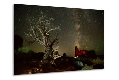 The Milky Way Above Turret Arch-Raul Touzon-Metal Print