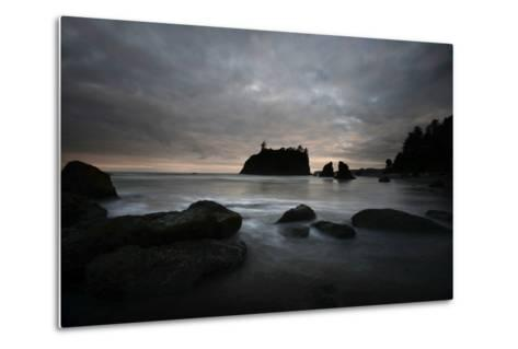 Ruby Beach in the Olympic National Park, Washington-Raul Touzon-Metal Print