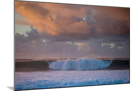 Powerful Waves Crash on the North Shore of Oahu-Ben Horton-Mounted Photographic Print