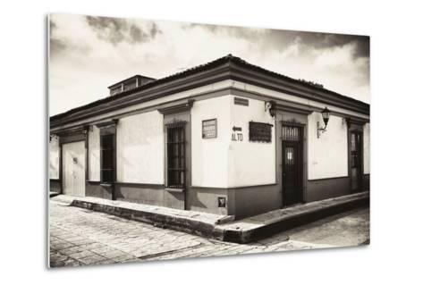 ?Viva Mexico! B&W Collection - Urban Scene in San Cristobal de Las Casas III-Philippe Hugonnard-Metal Print