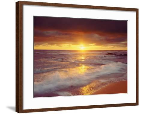 Sunset Cliffs Beach on the Pacific Ocean at Sunset, San Diego, California, USA-Christopher Talbot Frank-Framed Art Print