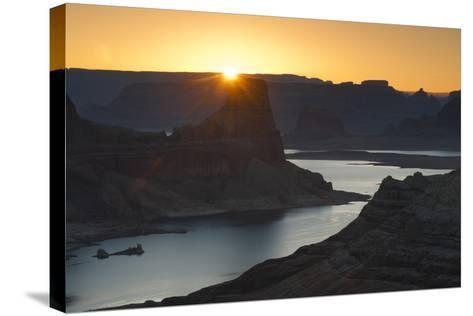 Utah, Glen Canyon National Recreation Area. View from Alstrom Point Overlook, Gunsight Butte-Judith Zimmerman-Stretched Canvas Print
