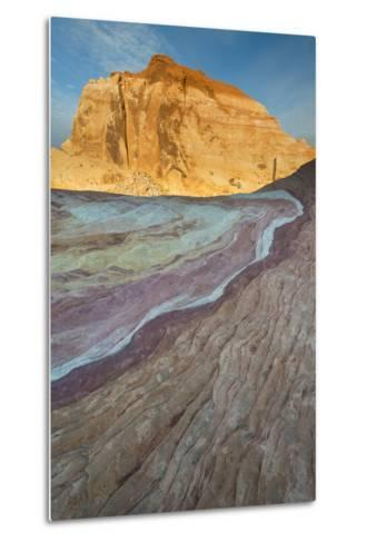 Nevada, Valley of Fire State Park. Erosion Shaped Abstract Design from Layered Sandstone-Judith Zimmerman-Metal Print