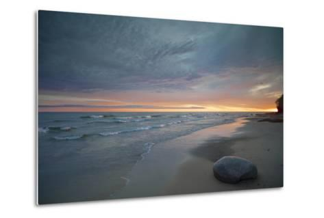Michigan. Solitary Boulder on a Beach of Lake Superior, Pictured Rocks National Lakeshore-Judith Zimmerman-Metal Print