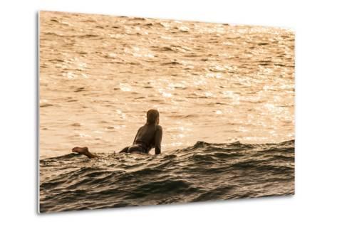 Surfing in Turtle Bay, North Shore, Oahu, Hawaii-Michael DeFreitas-Metal Print