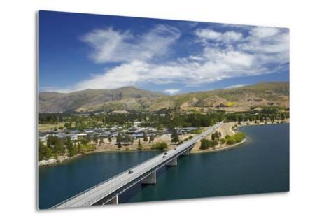 Deadman's Point Bridge and Lake Dunstan, Cromwell, Central Otago, South Island, New Zealand-David Wall-Metal Print