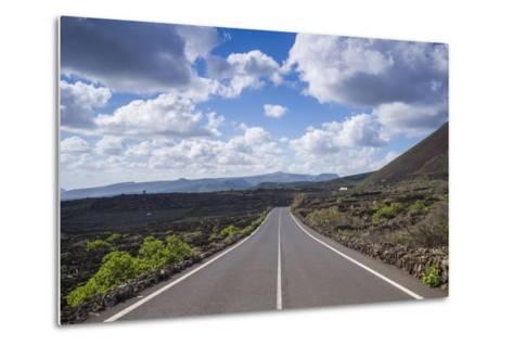 Spain, Canary Islands, Lanzarote, El Capitan, Lz-201 Road-Walter Bibikow-Metal Print
