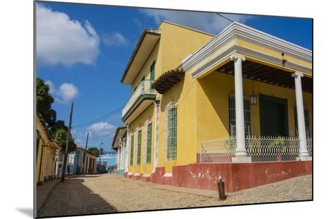 Cuba, Sancti Spiritus Province, Trinidad-Inger Hogstrom-Mounted Photographic Print