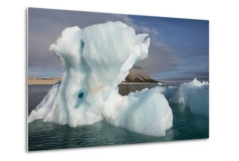 Norway, Barents Sea, Palander Bay, Zeipelodden. Large Iceberg in Palander Bay-Cindy Miller Hopkins-Metal Print