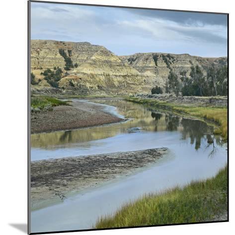 Little Missouri River, Theodore Roosevelt National Park, North Dakota-Tim Fitzharris-Mounted Photographic Print