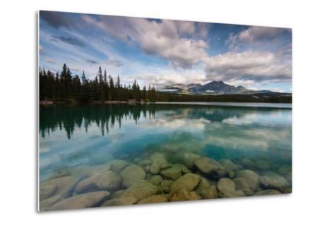 Lac Beauvert, Lac Beaufort, Canadian Rocky Mountains-Sonja Jordan-Metal Print