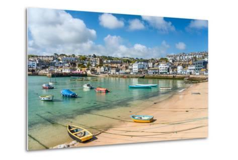 View over the Fishing Harbour of St Ives, Seen from Smeatons Pier, Cornwall, England, UK- Travelbild-Metal Print