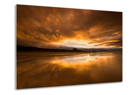 Sunset on the Beach at Bamburgh, Northumberland England UK-Tracey Whitefoot-Metal Print