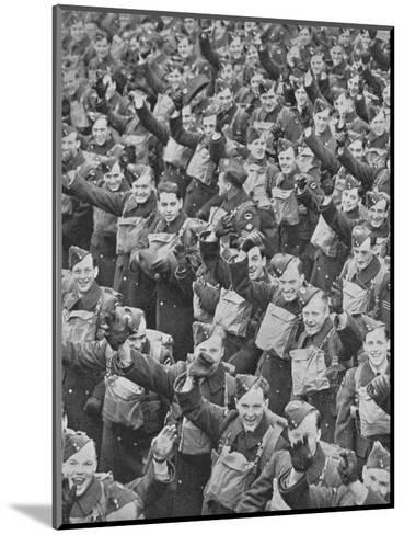 Canadas Airmen Arrive, 1939, (1940)--Mounted Photographic Print