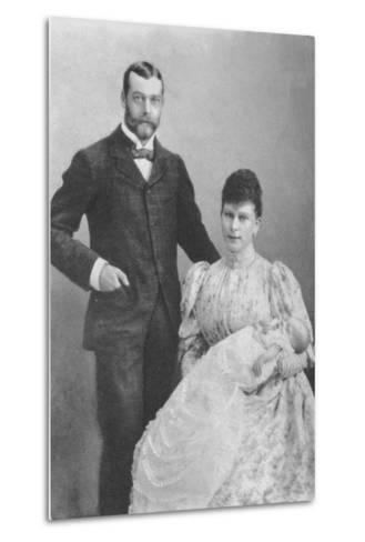 The Duke and Duchess of York, with the infant Prince Edward, 1894 (1936)--Metal Print