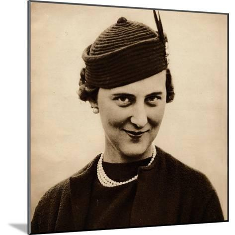 Princess Marina became engaged to King George Vs youngest son, Prince George (now Duke of Kent), w--Mounted Photographic Print