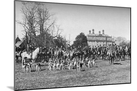 The Albrighton Hounds: A Meet at Stretton, c1903, (1903)--Mounted Giclee Print