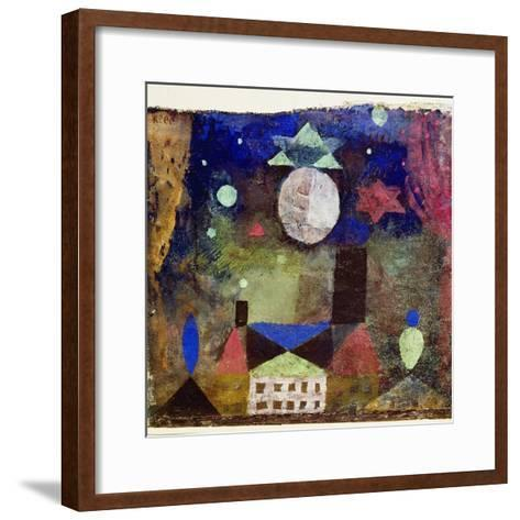 Stern über bösen Häusern-Paul Klee-Framed Art Print