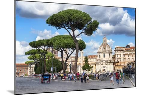 Dolce Vita Rome Collection - Sunday in Rome-Philippe Hugonnard-Mounted Photographic Print
