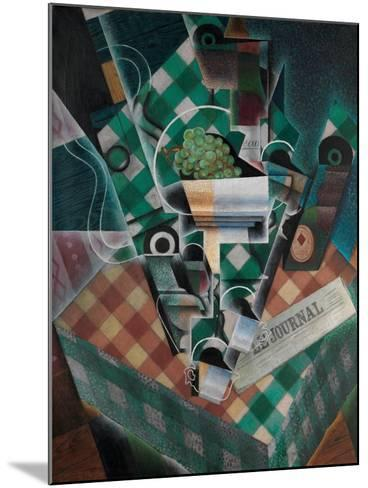 Still Life with Checked Tablecloth, 1915-Juan Gris-Mounted Giclee Print