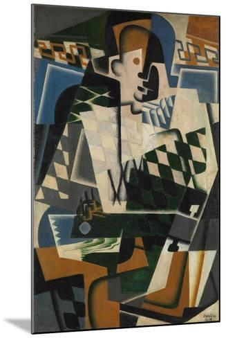 Harlequin with a Guitar, 1917-Juan Gris-Mounted Giclee Print