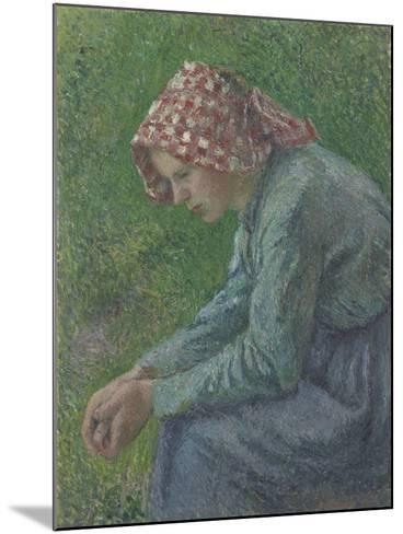 A Seated Peasant Woman, 1885-Camille Pissarro-Mounted Giclee Print