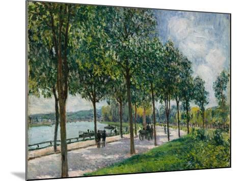 Allée of Chestnut Trees, 1878-Alfred Sisley-Mounted Giclee Print