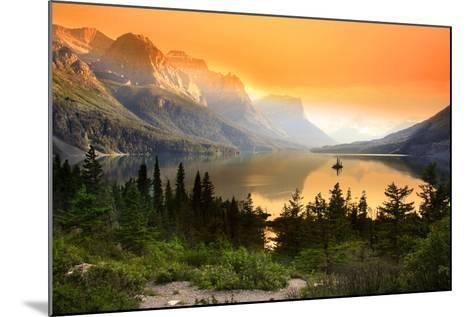 Wild Goose Island in Glacier National Park-SNEHIT-Mounted Photographic Print