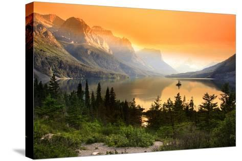 Wild Goose Island in Glacier National Park-SNEHIT-Stretched Canvas Print