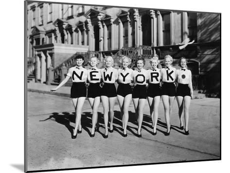CHORUS LINE-Everett Collection-Mounted Photographic Print