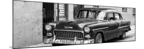 Cuba Fuerte Collection Panoramic BW - Beautiful Classic American Car II-Philippe Hugonnard-Mounted Photographic Print