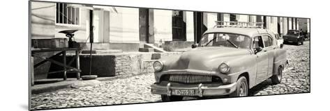 Cuba Fuerte Collection Panoramic BW - Old Taxi in Trinidad-Philippe Hugonnard-Mounted Photographic Print