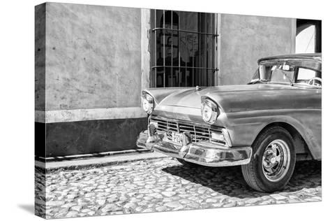 Cuba Fuerte Collection B&W - American Classic Car in Trinidad V-Philippe Hugonnard-Stretched Canvas Print