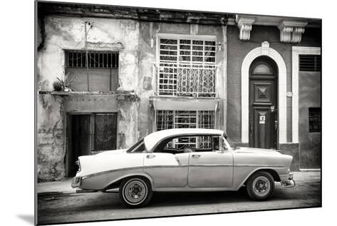 Cuba Fuerte Collection B&W - Classic American Car in Havana-Philippe Hugonnard-Mounted Photographic Print