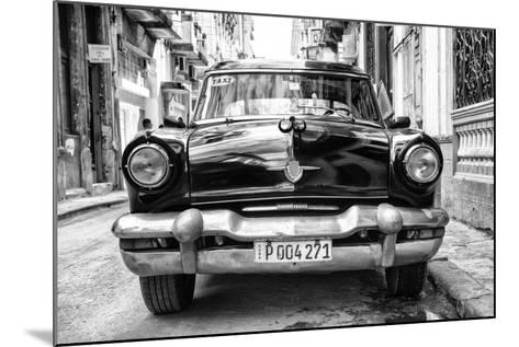 Cuba Fuerte Collection B&W - Old American Taxi Car II-Philippe Hugonnard-Mounted Photographic Print