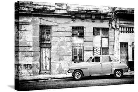 Cuba Fuerte Collection B&W - Old White Car in Havana-Philippe Hugonnard-Stretched Canvas Print