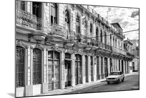 Cuba Fuerte Collection B&W - Car on Street of Havana-Philippe Hugonnard-Mounted Photographic Print