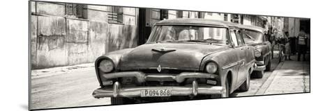 Cuba Fuerte Collection Panoramic BW - Classic Car in Havana-Philippe Hugonnard-Mounted Photographic Print