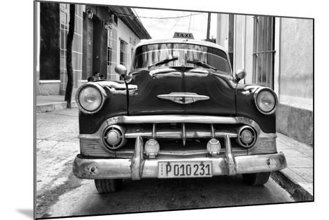Cuba Fuerte Collection B&W - Retro Taxi III-Philippe Hugonnard-Mounted Photographic Print