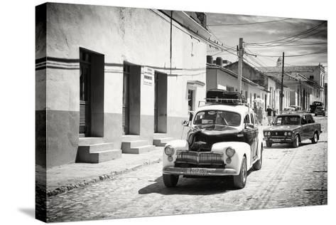 Cuba Fuerte Collection B&W - Classic Cars Taxis-Philippe Hugonnard-Stretched Canvas Print